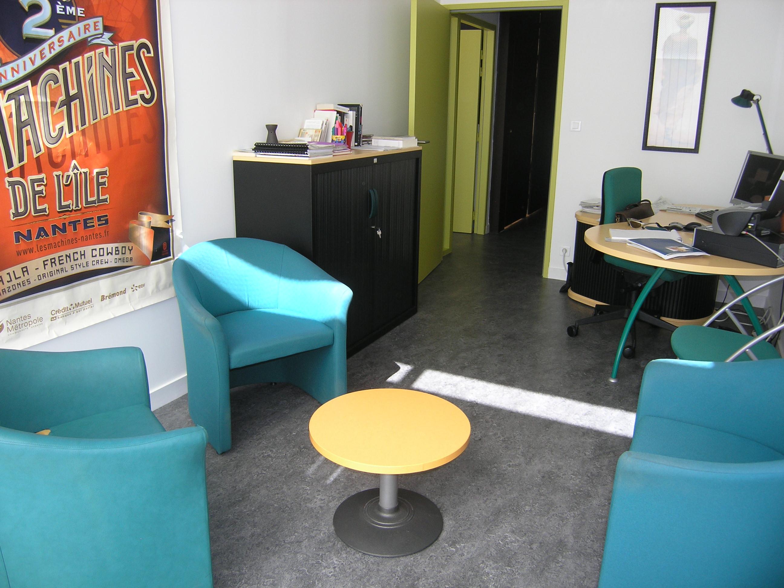 un bureau d'entretien